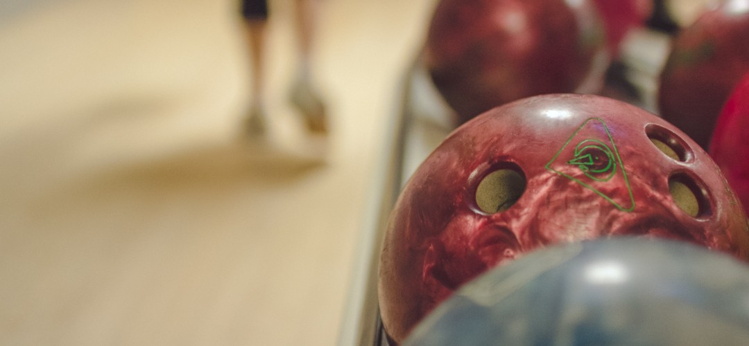 HOW DO YOU ROLL? TEN PIN…